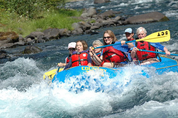 Rafting in Central Oregon